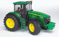 BRUDER traktorius tamsiai žalias John Deere, 03050 03050