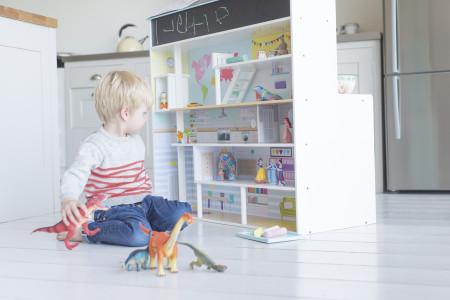 PLUM žaislinis lėlių namas ir virtuvės rinkinys viename, 41071 41071